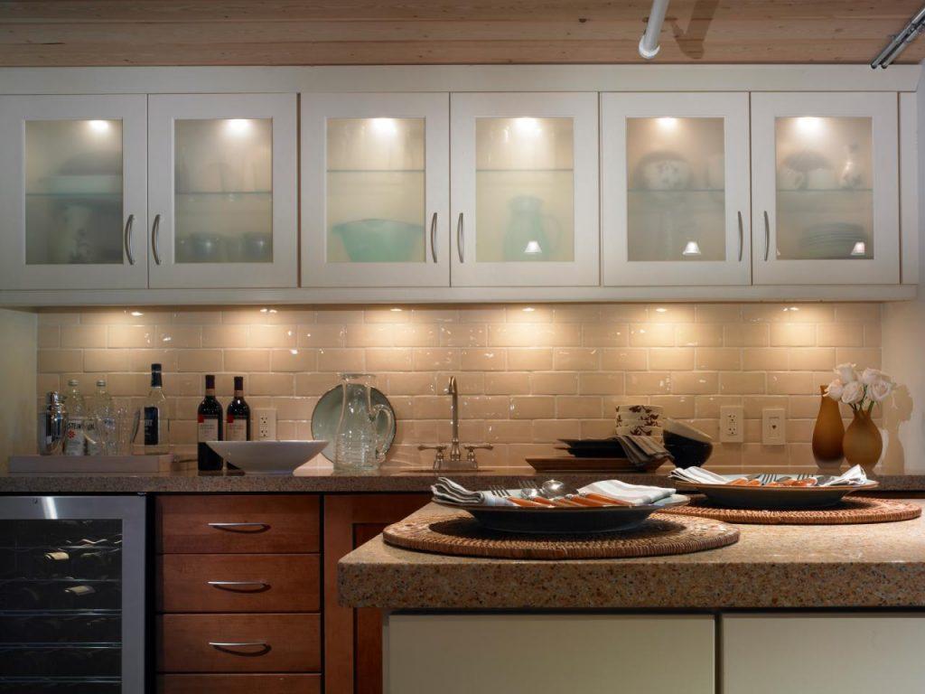نورپردازی مخفی در آشپزخانه