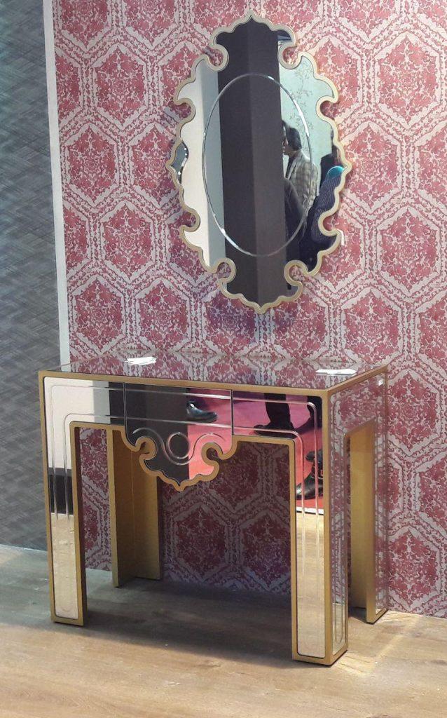 MI011-mirror-console